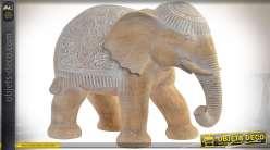Statuette décorative imitation pierre de sable représentant un éléphant 37,5 cm