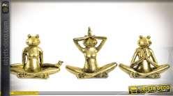 Série de 3 grenouilles pratiquant le yoga, finition dorée brillante 15 cm