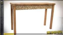 Console en bois vieilli de style rustique aspect massif, ceinture sculptée