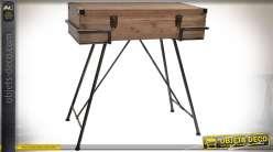 Console en bois et métal originale en forme de malle ancienne en bois vieilli