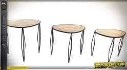 Série coordonnée de trois tables basses en bois et métal style rétro