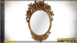 Miroir oval doré de style romantique avec ornementations florales 60 cm