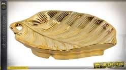 Plateau en céramique dorée brillante en forme de grande feuille d'arbre