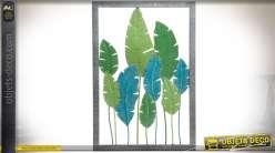 Cadre mural en métal 91 x 61 cm avec motifs de feuilles vertes et bleues en métal