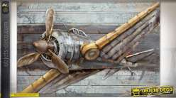 Tableau en bois et métal en relief, avion de guerre rétro à hélice 120 x 80 cm