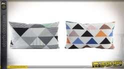 Duo de coussins en microfibre 50 x 30 cm à motifs géométriques en triangles