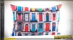 Coussin 60 x 40 à motifs de portes d'entrées de ville, sur tissu polyester
