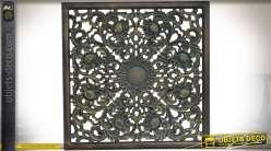 Fresque murale en bois sculpté finition patine bronze doré vieilli 56,5 x 56,5 cm