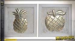 Duo de décorations murale en bois, fruits métallisés et dorés : ananas et pomme