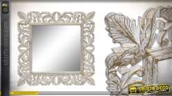 Miroir carré avec encadrement en bois, esprit feuilles entrelacées, patine dorée 60cm
