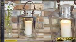Petite lanterne en métal carrée de style moderne avec hanse simili cuir en son sommet, 35cm
