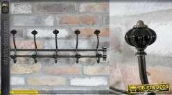 Porte manteau mural en métal de style industriel avec patères en céramique noire