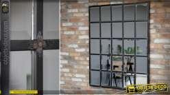 Grand miroir industriel en damier à glaces biseautées finition noir rustique 135 cm
