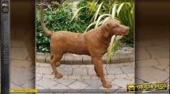 Sculpture animalière chien de chasse patine oxydée