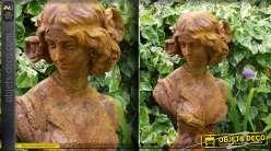 Statue buste de femme finition oxydée