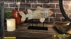 Décoration en bois de manguier finition blanchi, poisson sculpté et monté sur socle en métal noir, esprit trophée, 25cm