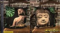 Série de 2 coussins décoratifs d'inspiration Bouddha, motifs de feuilles esprit jungle en fond, 45x45 cm