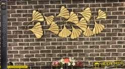 Grande décoration murale en métal doré effet brossé, formes de feuilles stylisées 133cm