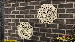 Set de 2 déco murales en bois, motifs mandalas circulaires finition blanc doré 30cm