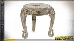 TABLE AUXILIAIRE MANGUE LAITON 45X45X45 ÉLÉPHANT