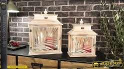 Duo de lanternes rétro en bois blanchi et vieilli motifs feuilles 43 cm