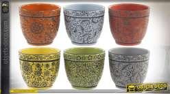 Série de 6 pots de fleurs en faïence colorée, motifs floraux et rosaces, esprit estival très coloré, Ø15cm