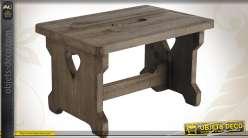 Tabouret de style rustique en bois vieilli motif coeurs