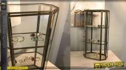 Vitrine de table en métal et verre, finition vieux laiton, 3 niveaux avec porte, pour bijoux ou pierres précieuses