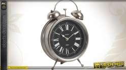 Horloge à poser en forme de grand réveil vintage