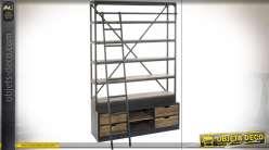 Grande bibliothèque de style industriel en pin et métal avec échelle 243 cm