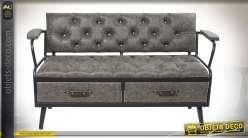 Banquette grise style industriel, assise et dossier capitonnés effet cuir, 136cm
