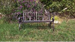Banc de jardin en métal et fer forgé coloris métal antique 118 cm