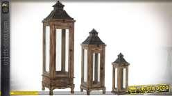 Série de 3 grandes lanternes d'ornementation en bois rustique et métal 110 cm