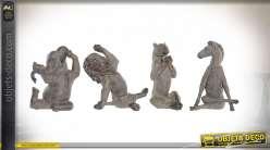 Statuettes d'animaux de la savane pratiquant du yoga effet vieilli, série de 4