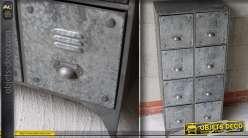 Grand meuble de style industriel à 8 tiroirs