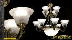 Grand lustre à 16 feux et 12 bras d'inspiration Napoléon III, en métal finition argenté vieux bronze et dôme blanc fumé, Ø85cm