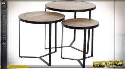 Série de trois tables d'appoint gigogne style contemporain, 60cm