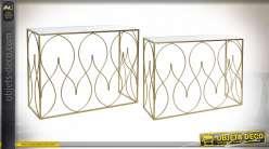 Série de deux consoles finition dorée et plateaux en miroir style moderne chic, 107cm