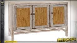 Buffet à trois portes en bois de sapin finition blanc décapé et chêne clair de style cottage, 120cm