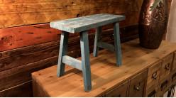 Mini tabouret décoratif en bois finition usée, modèle bleu ancien de style rustique, 40cm