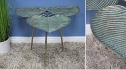 Table d'appoint en métal en forme de feuilles entrelacées, finition bronze ancien et pieds finition laiton, Ø67cm