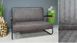 Canapé de style rétro en cuir synthétique et structure en métal, finition gris plomb, ambiance rétro années 70, 125cm
