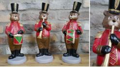 Série de trois ours habillés en fanfare avec instruments et grandes toques, ambiance animaux musiciens, 31cm