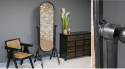 Grand miroir psyché en métal, ambiance indus atelier finition noir charbon effet oxydé, forme arrondie, 176cm