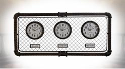Horloge murale à 3 cadrans de style industriel en fer effet oxydé, 95cm