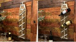 Support mural en bois et métal pour installation de 5 bouteilles, finition acier vieilli ambiance vieille campagne, 89cm