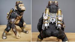 Guerrier singe en version Steampunk, en résine avec détails effet métal finition dorées et laiton, ambiance planète des singes, 21cm