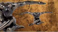 Design et virilité, représentation d'un homme les bras ouverts, finition bronze cuivré, collection Nudités, 26cm
