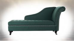 Méridienne-coffre en tissu, finition vert anglais clous de tapissier brillants, ambiance classique, 160cm