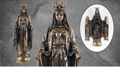 La vierge Marie, représentation de la sainte avec scène sculptée à l'intérieur, en résine finition bronze vieilli doré, collection Terre des Dieux, 28cm